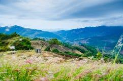 Горный вид в Таиланде стоковые фото
