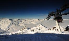 Горный вид с chairlift Стоковая Фотография