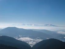 Горный вид зимы Стоковое Изображение