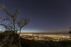 Горный вид ночи Burbank Стоковые Изображения