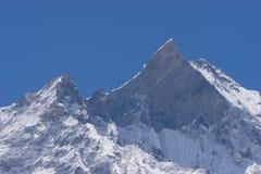 Горный пик Machapuchare, трек базового лагеря Annapurna, Pokhara, n Стоковое Изображение RF