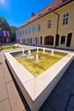 Городок взгляда улицы и фонтана Virovitica Стоковое фото RF