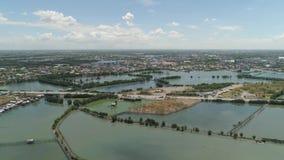 Городок среди воды в мангровах акции видеоматериалы