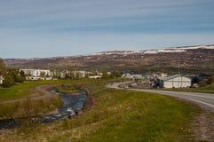 Городок akureyri в Исландии стоковое изображение rf