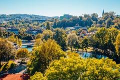 Городок Bern старый с рекой на Швейцарии Стоковые Изображения RF