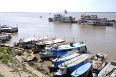 городок parintins Амазонкы Бразилии стоковое фото rf