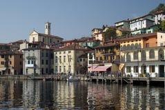 городок peschiera озера Италии iseo Стоковая Фотография