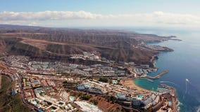 Городок Puerto de Mogan на побережье острова Гран-Канарии акции видеоматериалы
