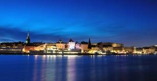 городок stockholm ночи gamla старый stan Стоковая Фотография