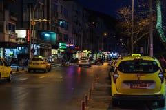 Городская площадь после дождя - Турция Cinarcik Стоковые Изображения