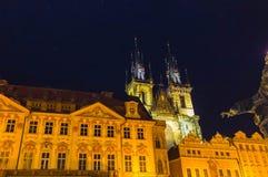 Городская площадь Праги старые и церковь матери бога перед Tyn в Праге, чехии Стоковая Фотография RF