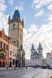 Городская ратуша и старая городская площадь в Праге, чехии стоковые изображения