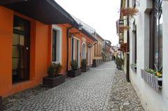 Городская сцена с красивой старой европейской улицей стоковое фото rf
