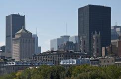 городской горизонт montreal highrises Стоковая Фотография