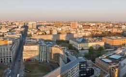Городской пейзаж вечера Берлина воздушный, Германия стоковое фото rf