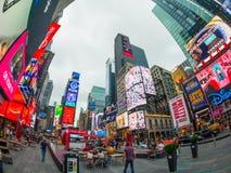 Городской пейзаж времени дня времени квадратный стоковые изображения