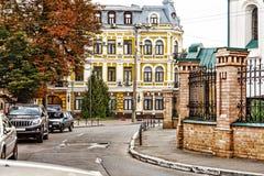 Городской пейзаж осени, старый, архитектурноакустический, архитектура, здание, город, деталь, Европа, экстерьер, фасад, историчес Стоковое Изображение RF