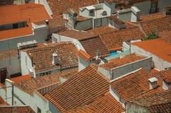 Городской пейзаж с много крыш стоковое фото rf