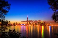 Городской пейзаж Торонто с цветом отражения ярким Стоковая Фотография