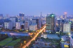Городской пейзаж Ханоя воздушный на городском пейзаже nightHanoi воздушном на ноче горизонт урбанский горизонт урбанский Стоковая Фотография RF