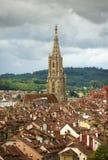 Городской пейзаж Bern с собором Muenster, Швейцария, Стоковое Фото