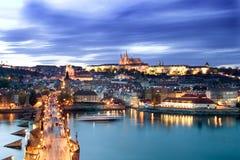 городской пейзаж prague замока стоковая фотография rf