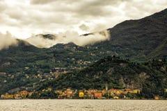 Городской пейзаж Varenna от озера Como, Италии Стоковое Изображение RF