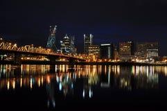 Городской Portland Орегон на ноче Стоковые Изображения RF