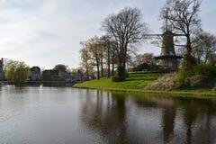 Город Алкмара ландшафта Голландии Стоковые Изображения