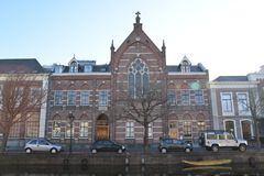 Город Алкмара ландшафта Голландии Стоковое Фото