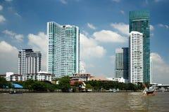 Город Бангкока, здания горизонта в столице Таиланда Стоковая Фотография RF