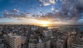 Город Газа от поднимать слишком высоко стоковые фото