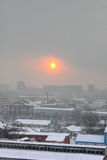 Город зимы. Рассвет. Стоковые Фото