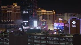 Город Лас-Вегас освещает на ноче - изумительных гостиницах на прокладке Лас-Вегас - США 2017 сток-видео