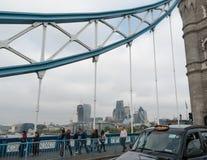 Город Лондона от моста 01 башни Стоковое фото RF