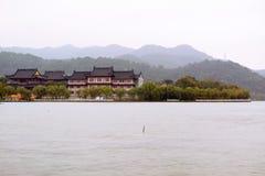 Город озера Dongqian, Нинбо, Китай Стоковые Изображения