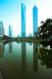 Город Шанхая Пудуна, конструкция стоковые изображения rf