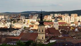 Город Cluj Napoca как увидено от холма Cetatuia близко мимо Стоковое Изображение