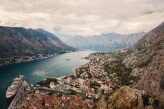 Город Kotor в Черногории стоковые изображения