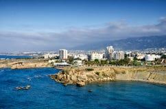 Город Kyrenia Панорама нового городка Кипр стоковые фото