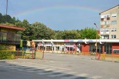 Город Lukavac ландшафта на радуге Стоковые Фотографии RF