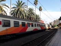 город meknes oncf поезда стоковое изображение
