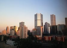 Город overr захода солнца стоковая фотография rf