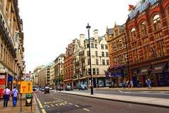 Город Piccadilly Вестминстера Лондона Великобритании Стоковое Изображение RF