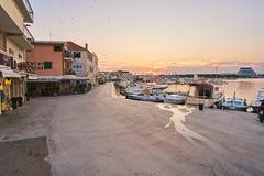 Город Vodice в Хорватии стоковая фотография rf