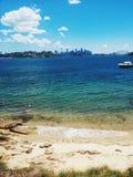 Город Австралии Сиднея главный с гаванью в фронте Стоковое Изображение RF