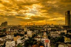 Город Бангкока в заходе солнца стоковые фотографии rf