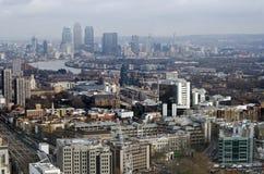 Город взгляда Лондона к районам доков Стоковая Фотография RF