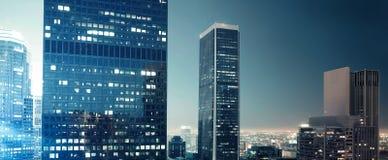город выравнивая загадочную ночу Стоковые Фотографии RF