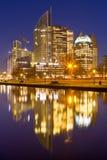 Город Гааги, Нидерланды на ноче Стоковые Изображения RF